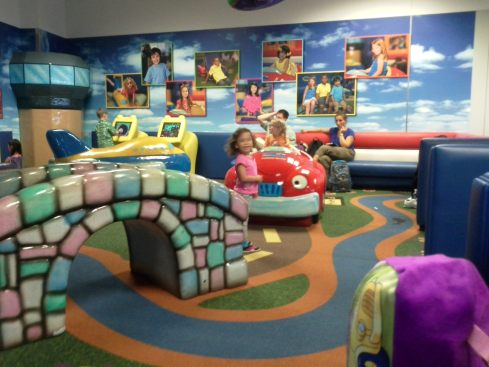 the kid play area at Dallas Fort Worth airport is awesome!!!